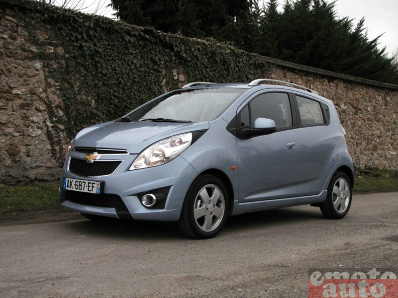 Photo Chevrolet Spark 1.2 16V 81 modèle 2010
