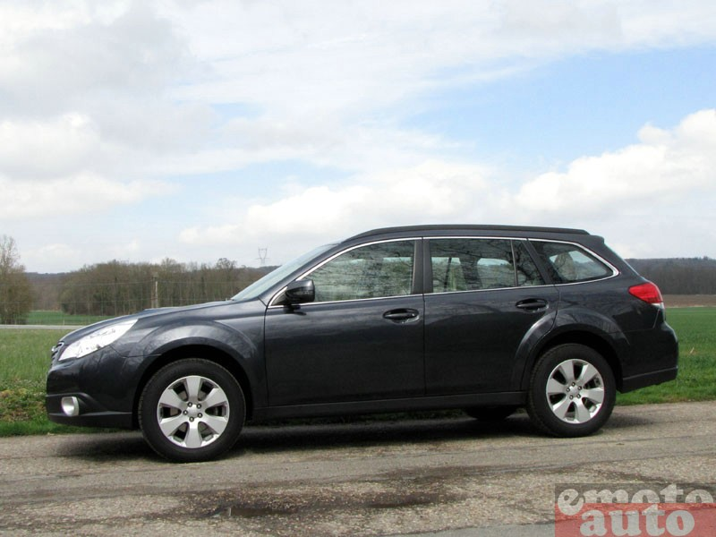 Photo Subaru Outback 2.0D modèle 2010