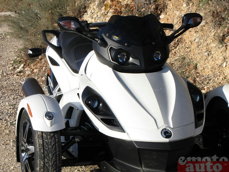 Photo Can-Am Spyder RSS SM5 modèle 2010