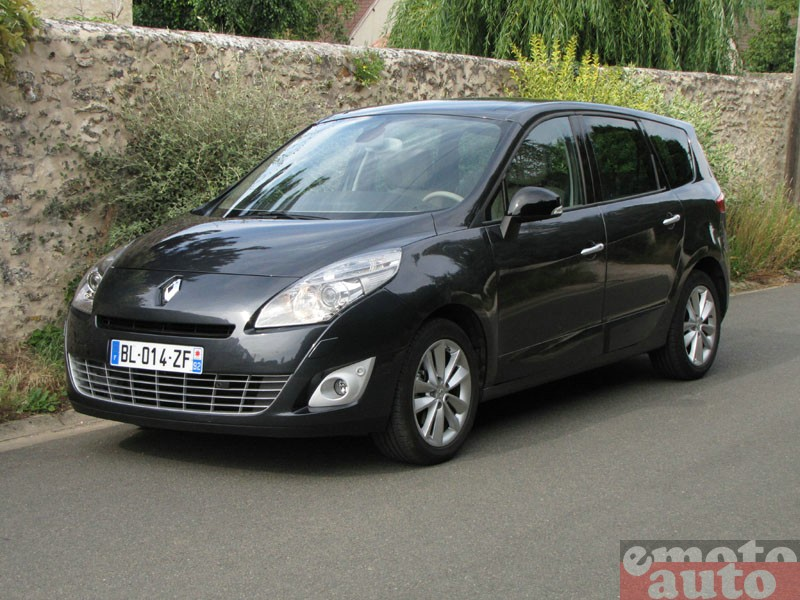 Photo Renault Grand Scenic 1.6 dCi 130 modèle 2011
