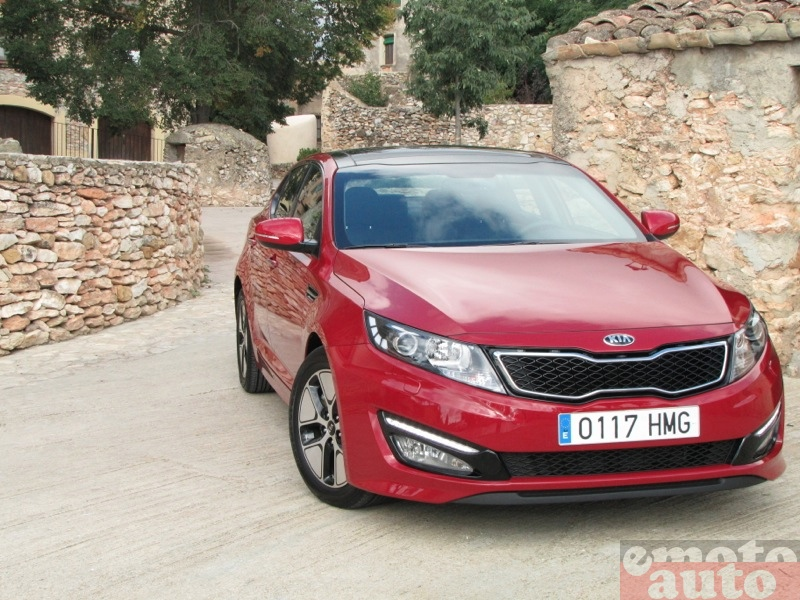 Photo Kia Optima hybride modèle 2012
