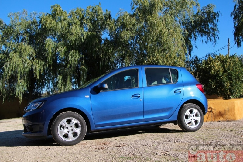Photo Dacia Sandero 0.9 TCe 90 modèle 2012